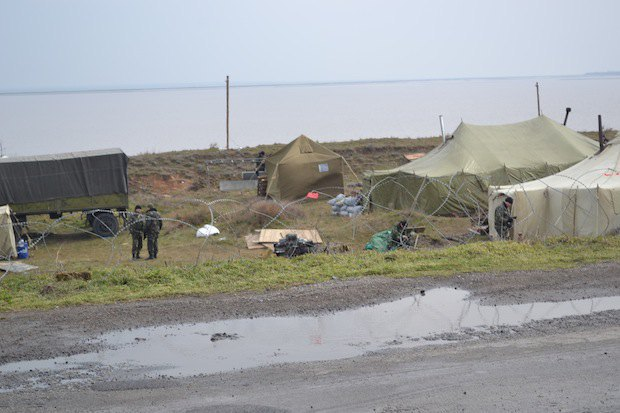 Военная дислокация николаевских десантников на перевале Сиваш