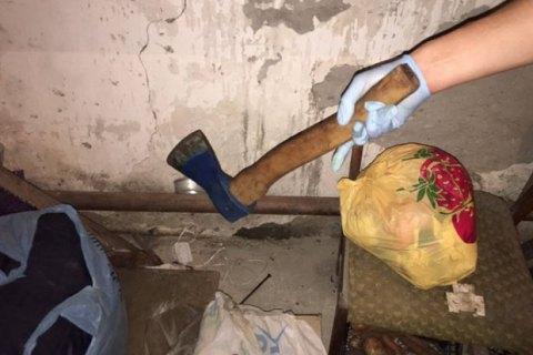 Арештант, який розчленував працівницю одеського СІЗО, жив у підсобці з ножами і сокирами