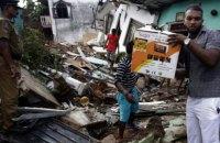 В столице Шри-Ланки гора мусора обвалилась на жилые дома