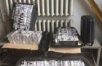 Громадянин Гвінеї-Бісау з дипломатичним паспортом намагався провезти цигарки через український кордон