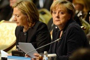 Меркель призвала ускорить меры по преодолению кризиса