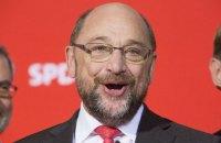 На выборах в Нижней Саксонии социал-демократы обошли партию Меркель