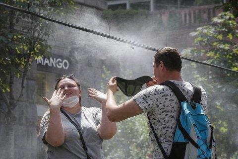 У понеділок у Києві прогнозують спеку до +32 градусів