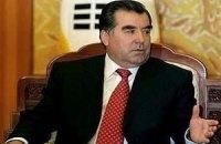 Президент Таджикистану порадив громадянам запастися їжею і водою