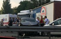 На проспекте Победы в Киеве произошло ДТП с участием 6 автомобилей (обновлено)