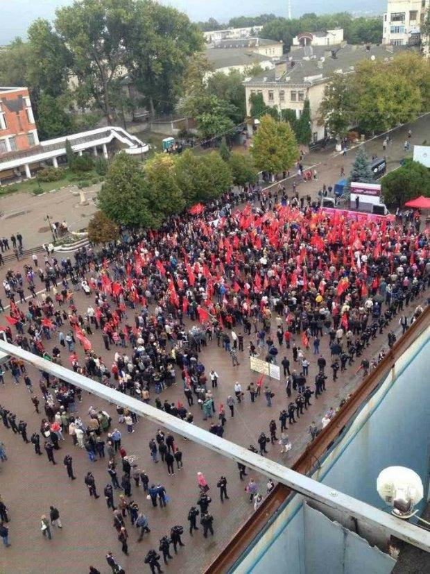 Акция протеста в Бельцах, 24 сентября. (Вид сверху)