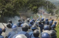 Поліція Бурунді застосувала сльозогінний для розгону протестувальників