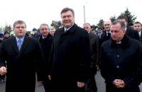 Янукович открыл в Днепропетровске Ледовую арену