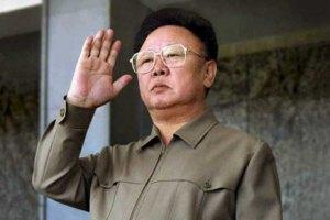 Жители Северной Кореи рыдают и бьются в истерике