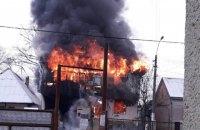 На Закарпатті сталася велика пожежа в магазині будматеріалів