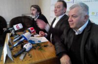 Кандидат в мэры Судака облил зеленкой защитников прав крымских татар