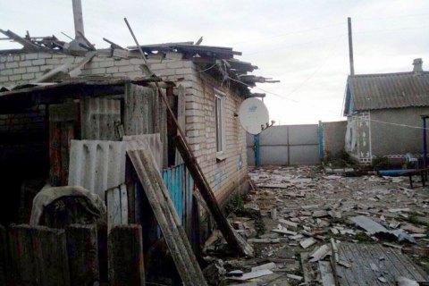 Через обстріл бойовиками околиць Торецька поранена жінка