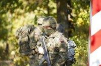 Польща збільшила кількість військових на кордоні з Білоруссю