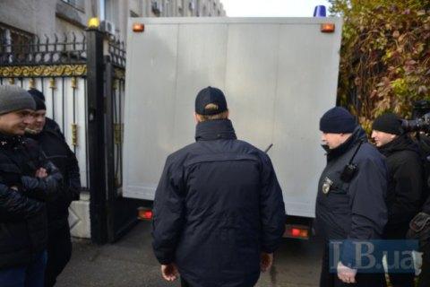 Корбана доставили в суд для избрания меры пресечения