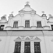 Факти і цифри про стан сфери охорони культурної спадщини в Україні