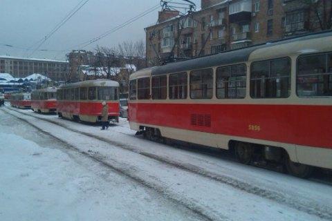 На Лук'янівці зупинився рух трамваїв через ДТП