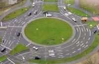 """""""Укравтодор"""" предложил заменить 500 нерегулируемых перекрестков кольцевыми развязками"""