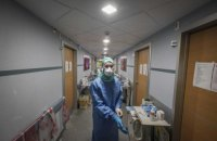 Количество смертей от коронавируса в Испании растет второй день подряд