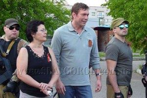 Царев привез гуманитарную помощь сепаратистам в Славянске