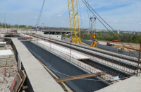 Строительство мостов в Запорожье идет с опережением графика, несмотря на неисправность плавкрана, - Кубраков