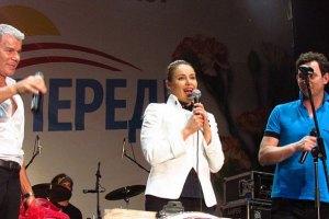 ПР звинуватила Королевську і Газманова в тиску на районну газету