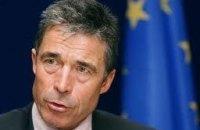 НАТО продовжило на рік термін перебування Расмуссена на посаді генсека