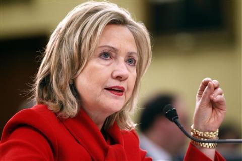 Хиллари Клинтон потратила $18 млн на президентскую кампанию