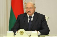 """Лукашенко опроверг слухи о своем инсульте и предложил себя """"пощупать"""""""