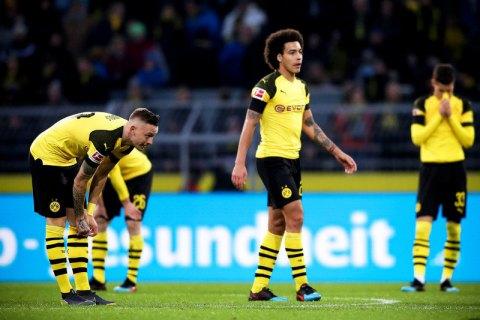 Лидер чемпионата Германии упустил победу, ведя в счете в 3 мяча