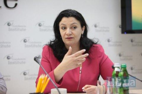 ВБрюсселе строго раскритиковали поправки взакон ое-декларациях