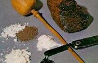 В Кривом Роге у женщины выявили оборудование для изготовления опия