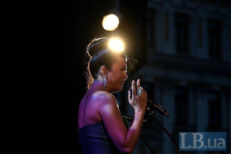 Українські оперні зірки дали концерт просто неба в Києві (фото)