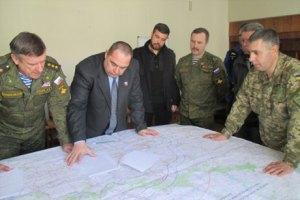 Плотницький підписав мапу відведення важкого озброєння