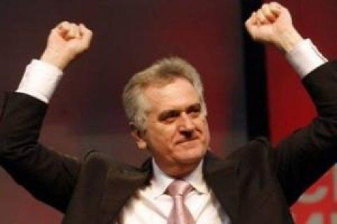Президент Сербії пригрозив ввести війська в Косово