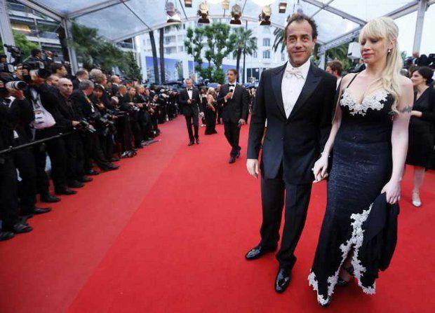 Маттео Гарроне с женой