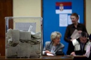 Опозиція перемагає на виборах до сербського парламенту