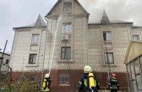На улице Пржевальского в Киеве загорелся трехэтажный особняк, была угроза взрыва, - ГСЧС