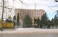 В Тернополе не желающий служить призывник сорвался с пятого этажа военкомата