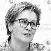 """Ірина Подоляк: """"Чи це та культурна політика, за яку ми стояли на Майдані, – під сценою і на сцені?"""""""