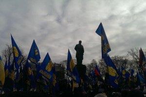 Участники Евромайдана ушли с Михайловской площади на народное вече