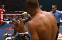 Ковалев эффектным нокаутом защитил титул чемпиона в полутяжелом весе