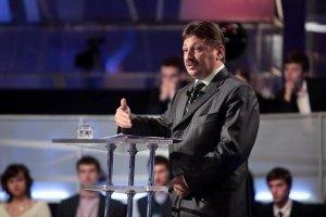 Азаров будет наказывать за препятствование работе Госфининспекции
