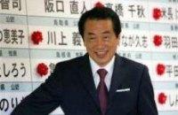Премьер Японии не намерен уходить со своего поста