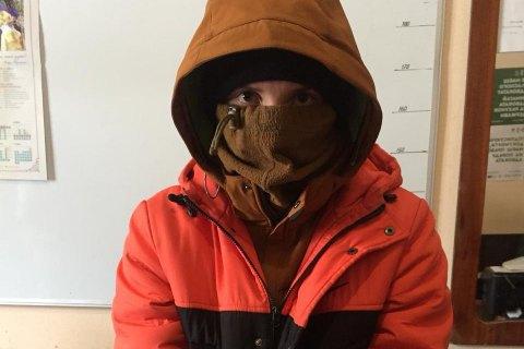 """На КПВВ """"Марьинка"""" пограничники задержали 19-летнего экс-боевика """"ДНР"""""""