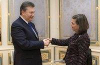 Янукович пообіцяв Нуланд прискорити звільнення протестувальників