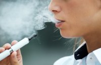 Рада підтримала заборону продажу електронних сигарет неповнолітнім