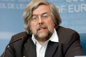 Глава наблюдателей от ПАСЕ: голос украинского правительства - это не голос народа