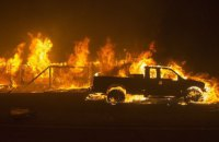 У Каліфорнії 100 тис. людей евакуюють через лісові пожежі