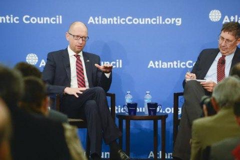 Яценюк - лидерам США и ЕС: вы не имеете права отменять санкции против России, пока Украина не вернет Донбасс и Крым