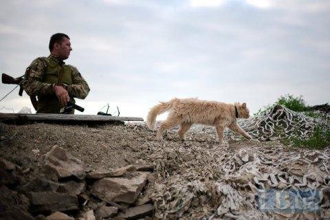 Доба в зоні АТО пройшла без втрат, одного військового легко поранено (оновлено)